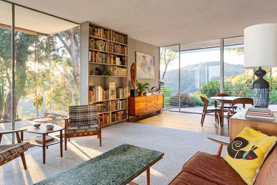 1960S Richard Neutra Modernist House In Brentwood, California, Usa 1960s Richard Neutra modernist house in Brentwood, California, USA Modernist House modernist house
