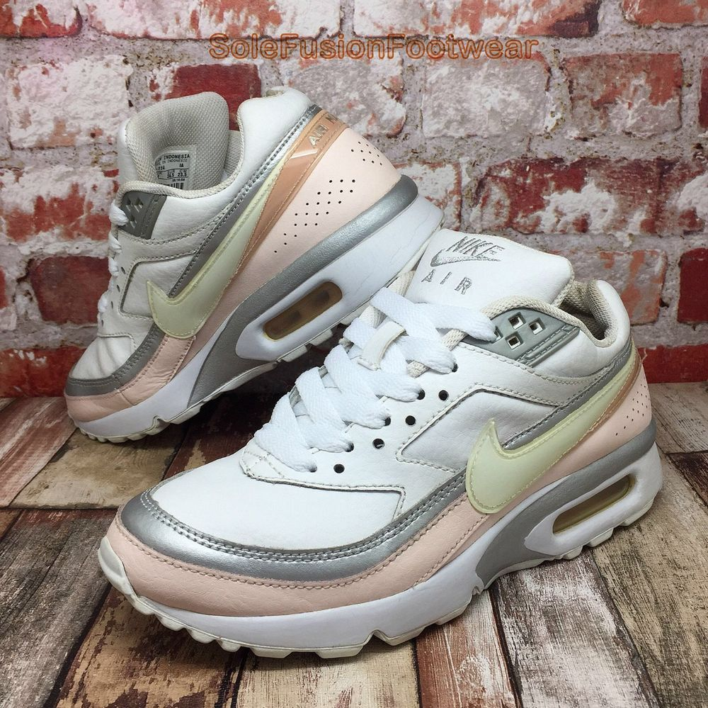 new concept e862f ed2a5 Nike Girls Air Max Classic Trainers White Pink size 4 BW Sneakers US 4.5 EU