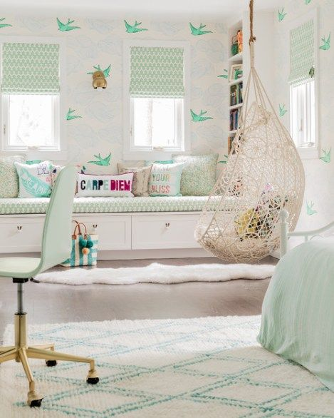 10 Essential Styles for the Perfect Tween Girl Bedroom images
