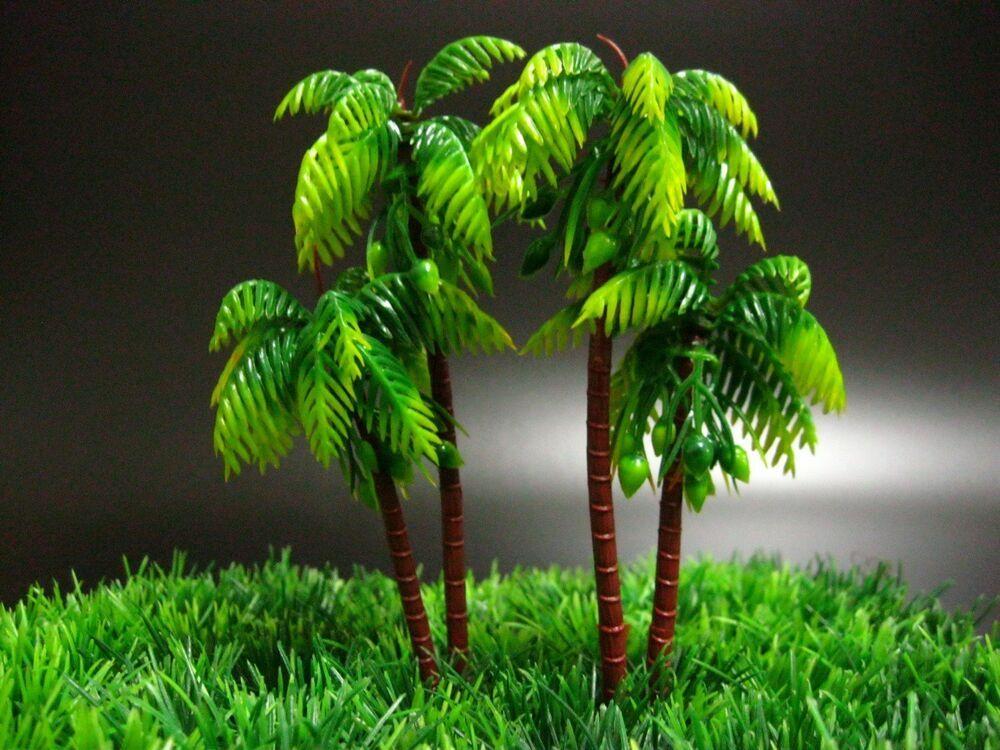 2 Plastic Palm Trees Toys 6 Miniatures Plant For Decor