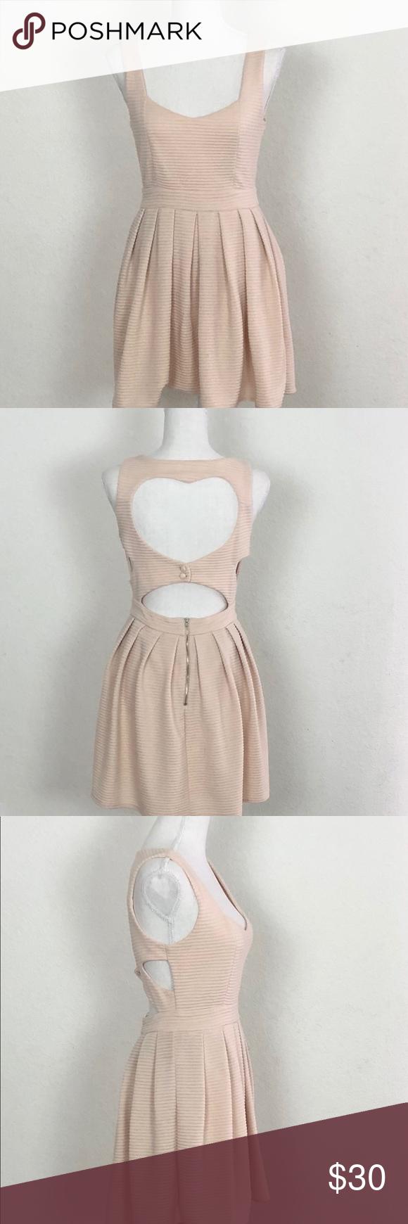 50++ L atiste dress info
