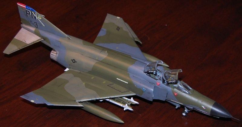 Esci 1/72 McDonnell Douglas F-4E / F Phantom II (9027