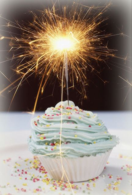Sparkling Champagne Cupcakes Happy Birthday Cakes Birthday Cake Sparklers Sparkler Candles