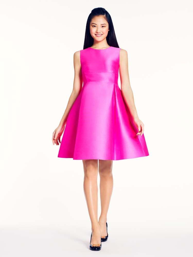Encontre vestido rosa Kate Spade. Aproveite e conheça toda a nossa linha de roupas Kate Spade.