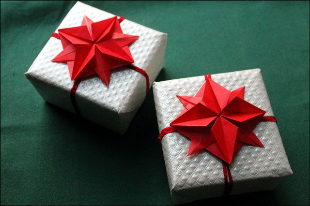 Making origami stars gifts pinterest origami stars origami making origami stars mightylinksfo Choice Image