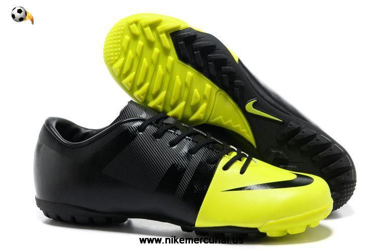 Nike soccer shoes, Football boots