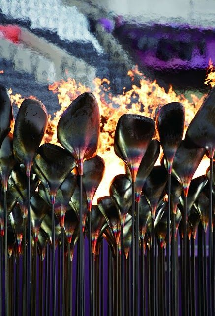 2012倫敦奧運火炬塔由204組「花瓣」組成。(Photo by Edmund Sumner)
