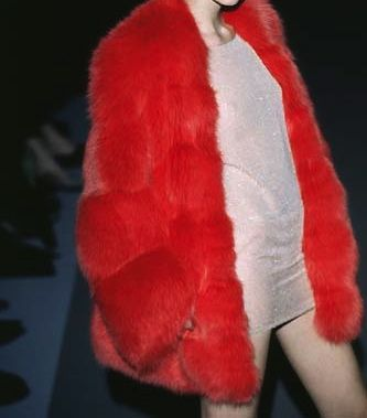 noirchat: gabbigolightly: Gucci Fall/Winter 1997 need this for my haircut