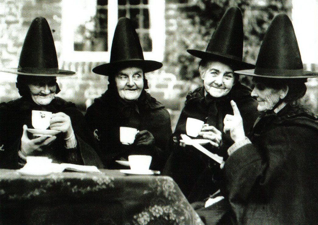 party Witches tea