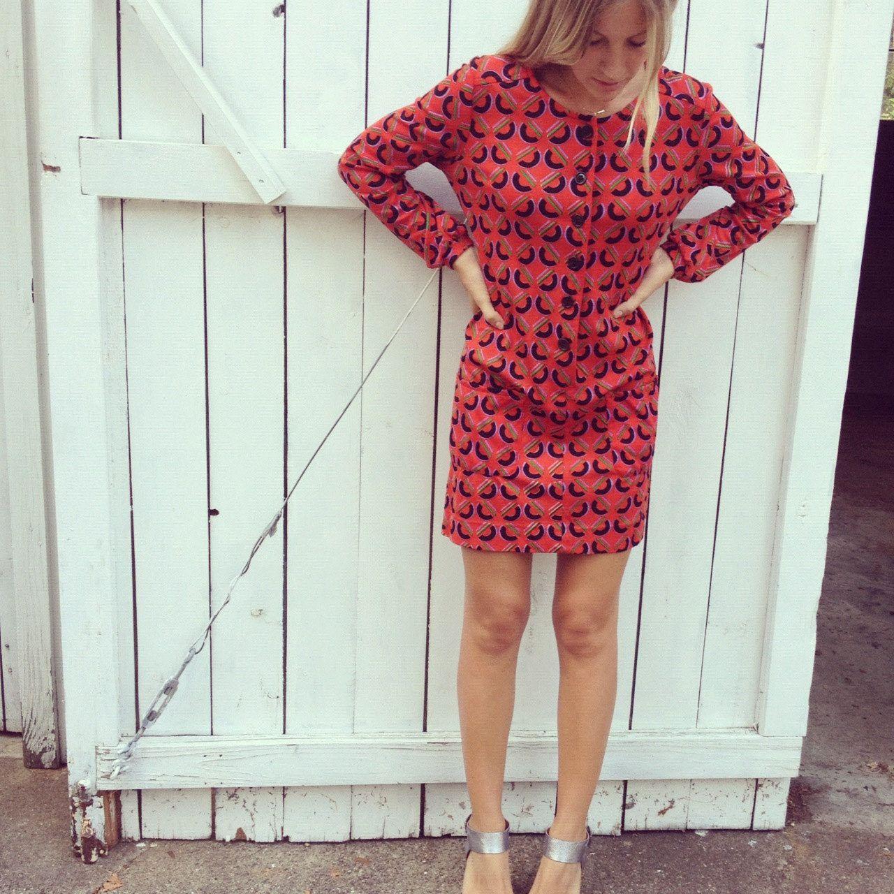 1960s 70s Retro Patterned Red Long Sleeve Shift Dress Mini Dress Extra Small Small 26 00 Via Etsy Long Sleeve Shift Dress Mini Shift Dress Shift Dress [ 1280 x 1280 Pixel ]