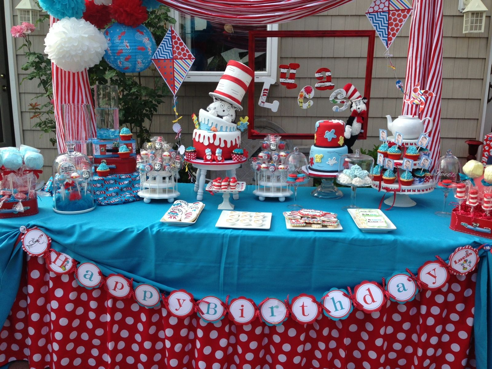 cat in the hat birthday cake table