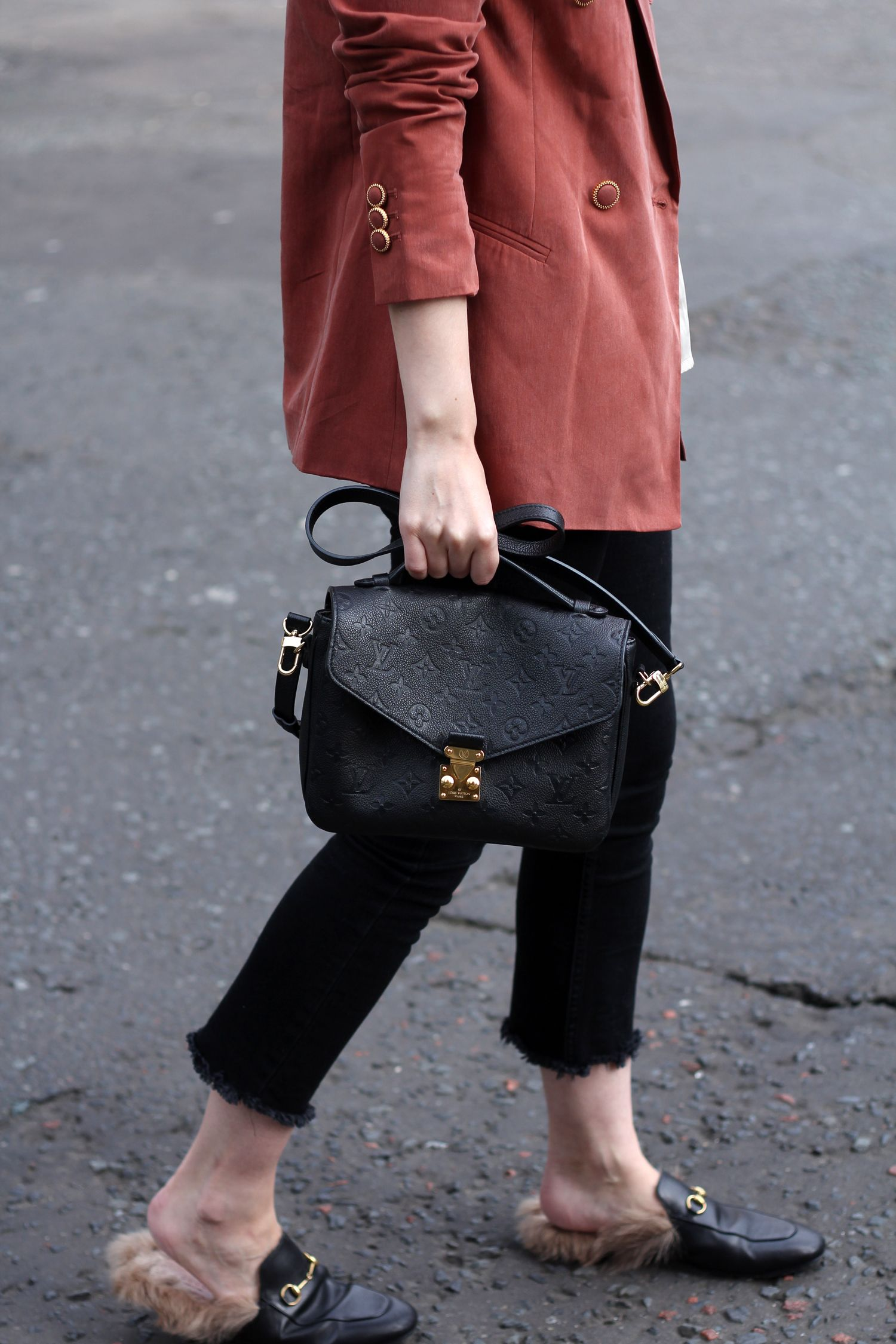 Just Peachy - vintage style blazer, cropped black jeans, gucci loafers,  louis vuitton pochette metis