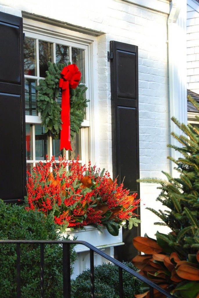 Holiday Home Window Box #CurbAppealContest @schlagelocks ...