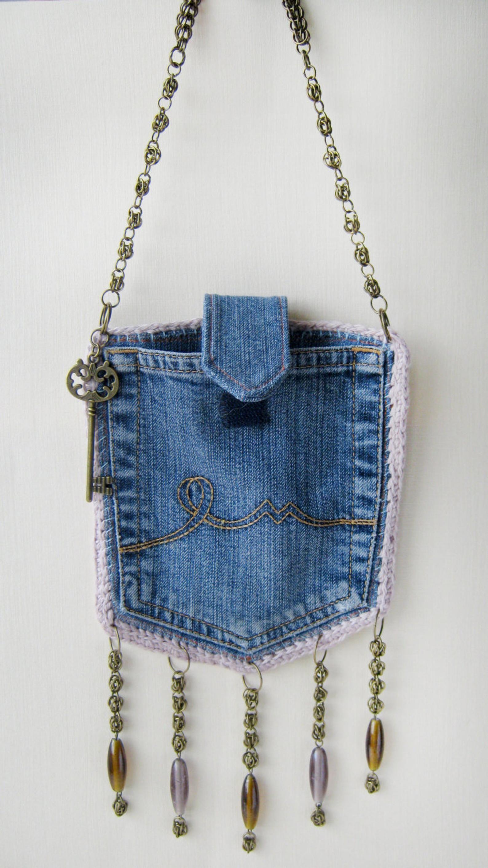 Bolso vaquero de diseño, hebilla de cadena con bolsillos. Conjunto Boho: bolso de jeans reciclado, collar de cuentas, pulsera. Bandolera artesanal, joyas