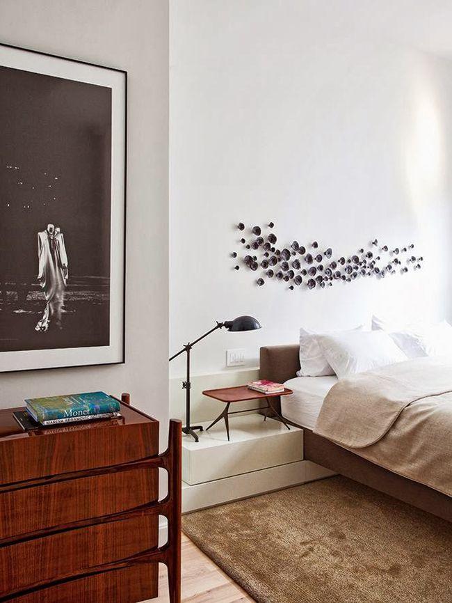 Bed met achterbouw - muur decoratie boven bed - Slaapkamer ...