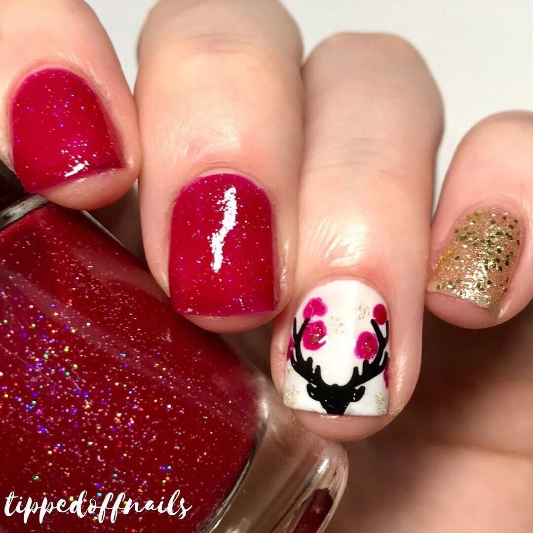 Winter Deer Nail Art | Nail Art | Pinterest | Christmas nail art ...