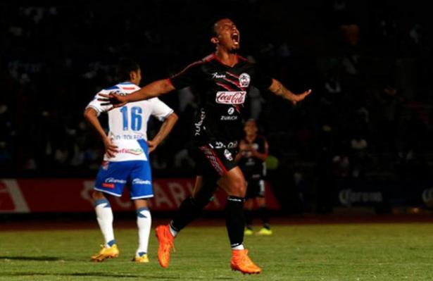 Lobos BUAP no tuvo piedad del Puebla y lo venció 5-0 - Lobos BUAP ha goleado de manear histórica a su rival de ciudad, el Puebla por un abultado marcador de 5-0 en la Copa MX.  Los Lobos BUAP comenzaron...