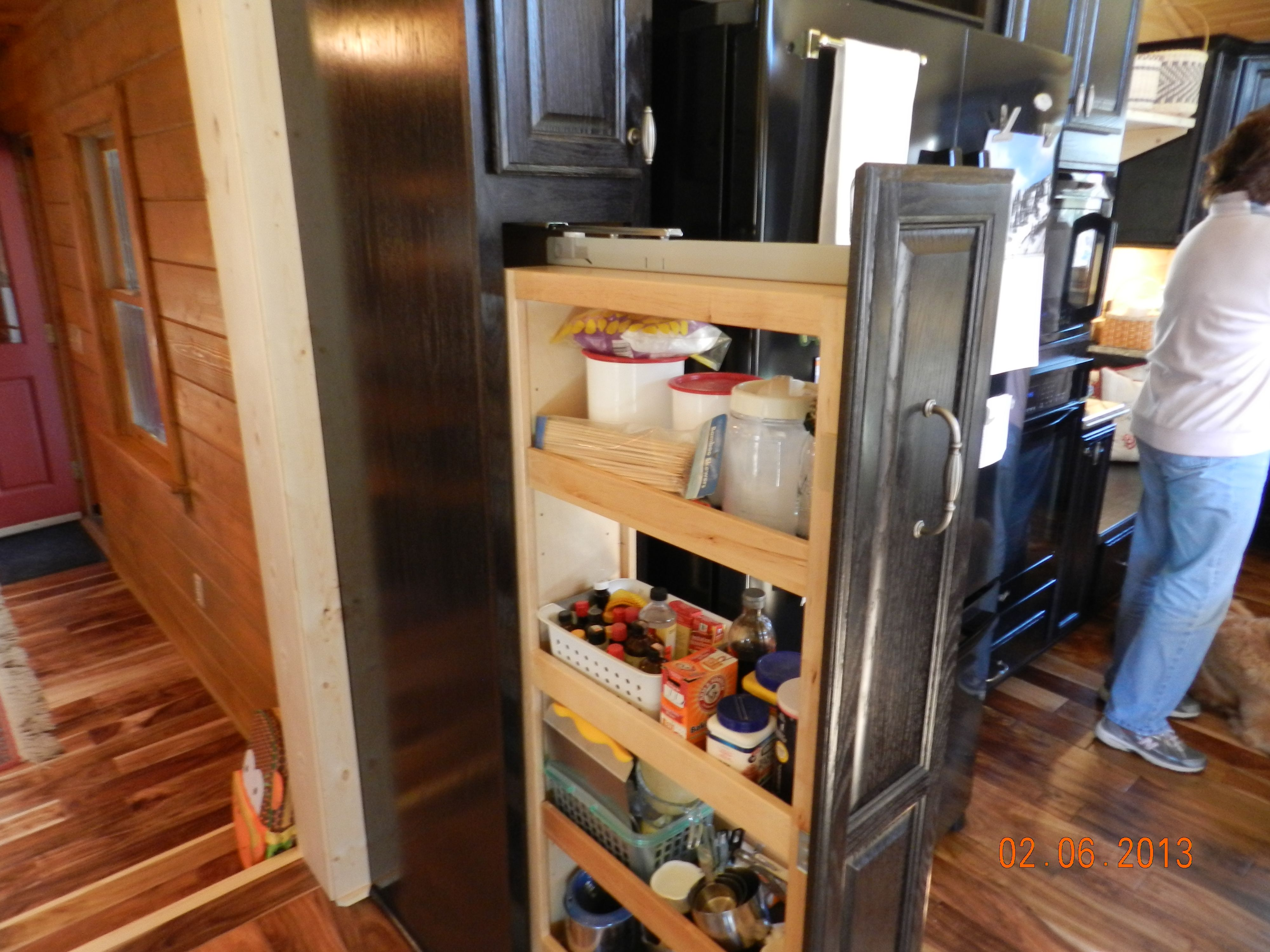 Kraftmaid Tall Pantry Pull-out Cabinet
