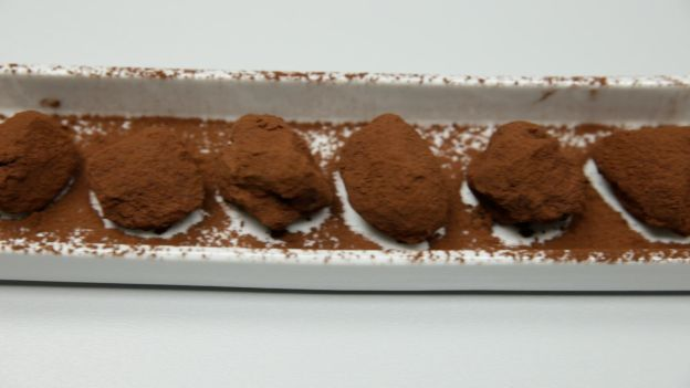 Dolci con l'uovo di Pasqua: tartufini al cioccolato #arnaldagourmet
