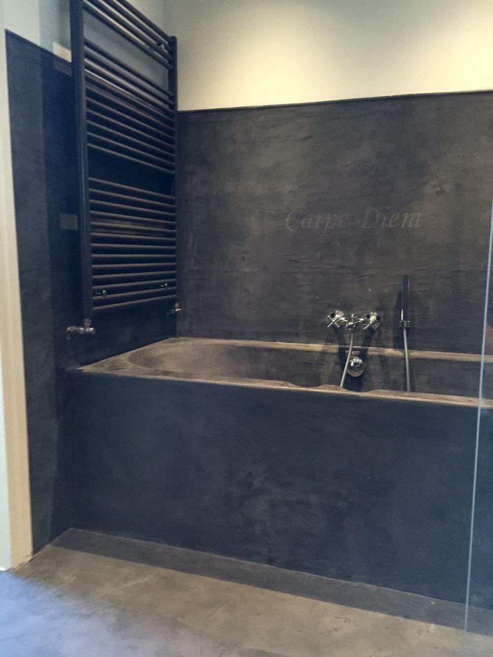 Badkamer gewoon over u kunststof bad en tegels heen | Bathroom ...