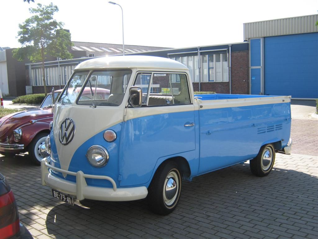 1966 volkswagen t2 pickup model 264 first built in 1951 splitting the windshield and