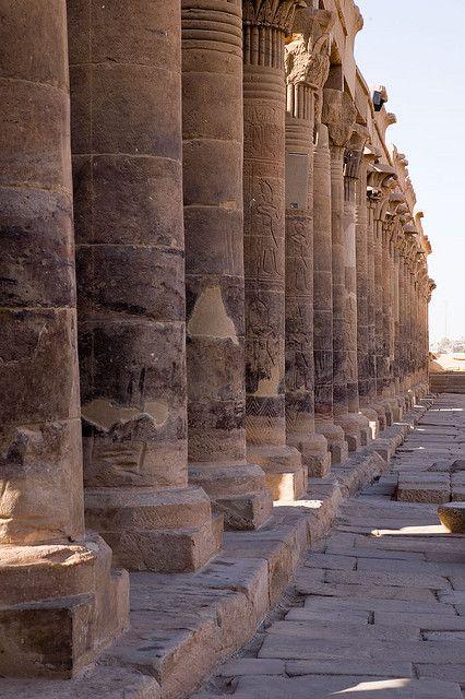 8-daagse luxe nijlcruise van ECI reizen met manlief in 2008. Philae Temple, Aswan, Egypt