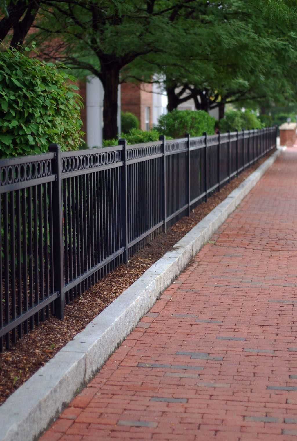 Modern Fence Ideas For Your Backyard Fence Design Privacy Fence Designs Modern Fence