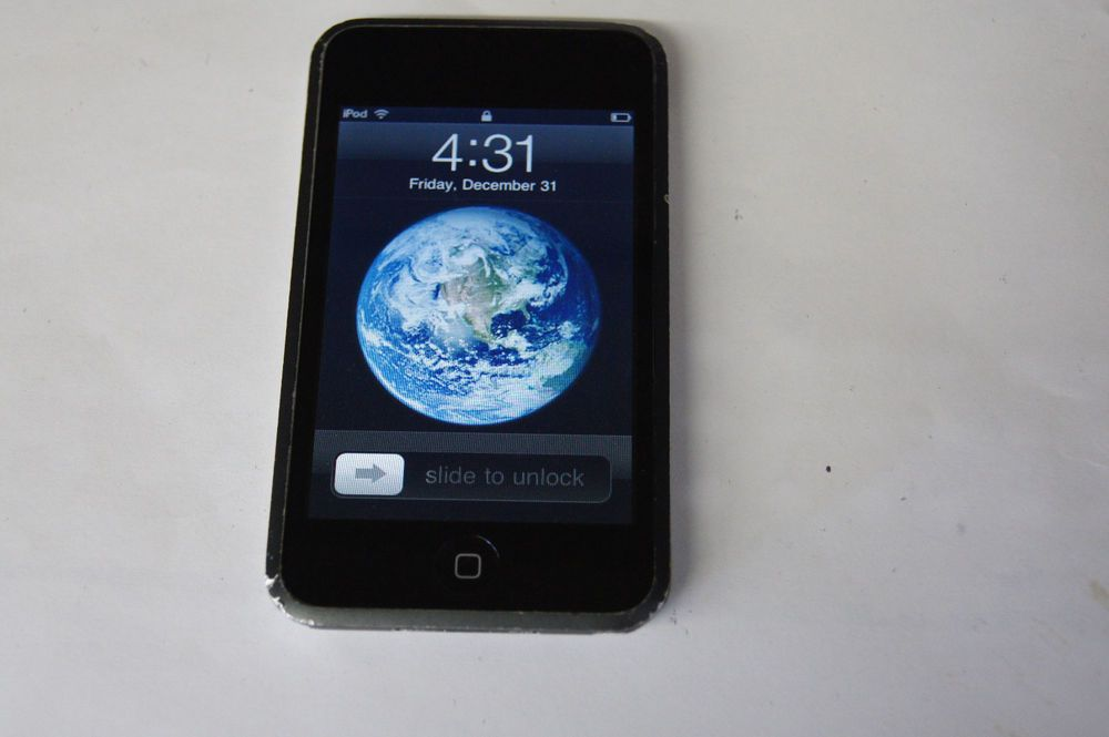 Apple Ipod Touch 1st Generation Black 8gb Apple Apple Ipod Touch Ipod Touch Apple