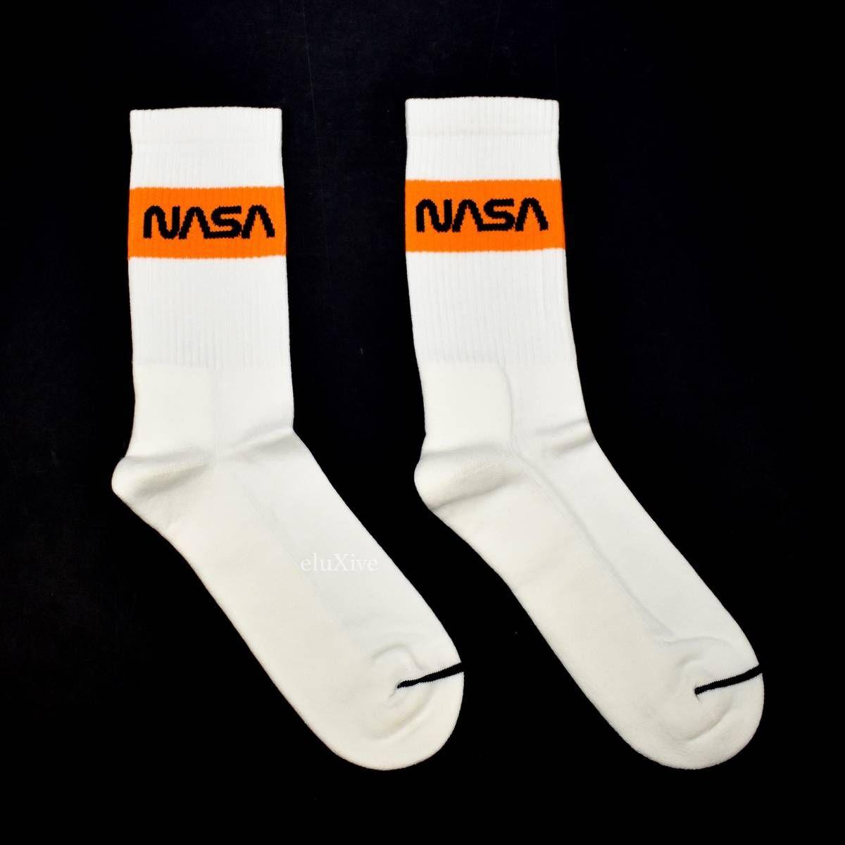 8f6a866b5b30 Heron Preston NASA Logo Knit Socks White DS Size one size - Socks    Underwear for Sale - Grailed