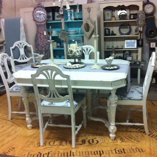 Painted Table Chairs 1930 S Jacobean Dining Table Makeover