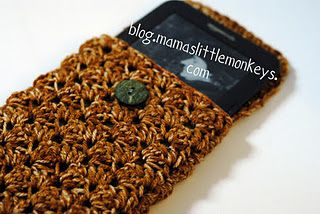 #crochet kindle cover tutorial http://blog.mamaslittlemonkeys.com/2011/12/crochet-kindle-cover-free-tutorial.html