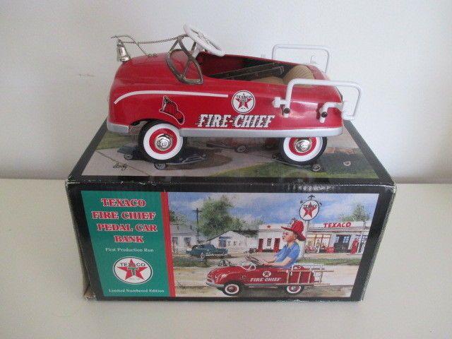 "Crown Premiums "" Texaco Fire Chief "" 1948 BMC Fire Engine Pedal Car Bank 1:6  #CrownPremiums"