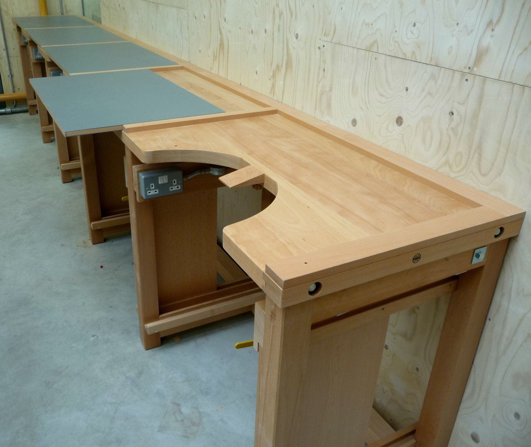 Jewellers Bench Designed With A Removable Square Top Diy Jewelry Making Pinterest Bench
