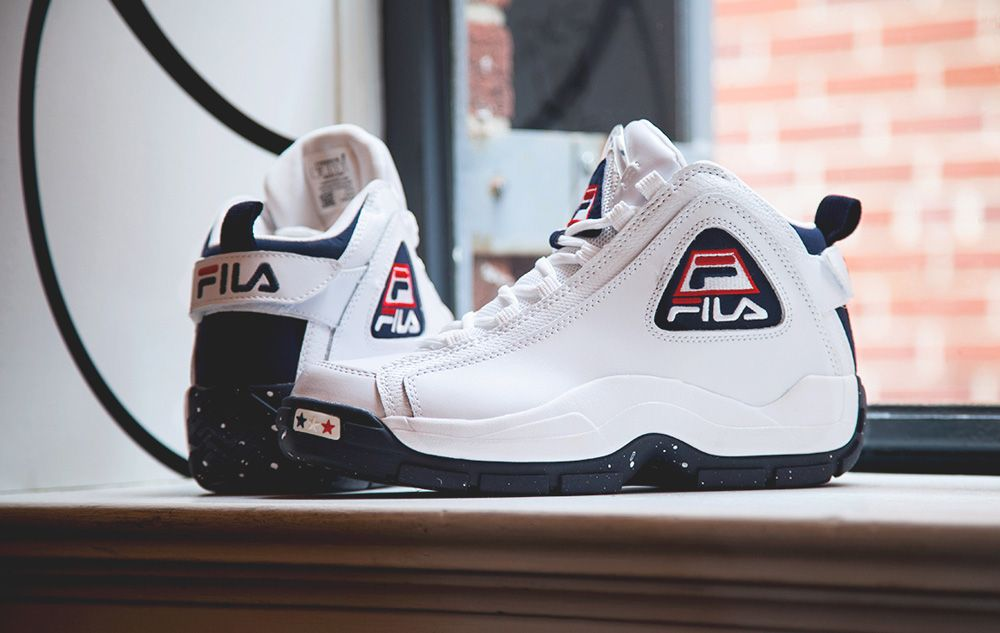 fila shoes green & red backgrounds wallpaper