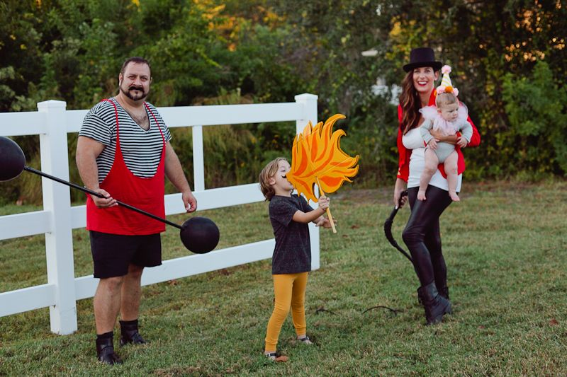 a diy circus family costume kost m ideen kerstin und zirkus. Black Bedroom Furniture Sets. Home Design Ideas