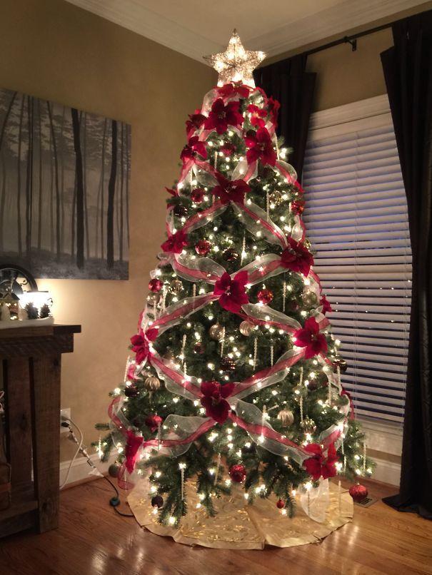 Floral Christmas Tree Decoracion De Arboles Decoracion Arbol De Navidad Arboles De Navidad Ideas