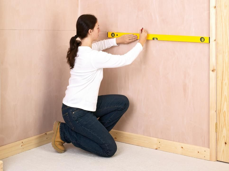 Chair Rail Level Part - 29: First, Install The Chair Rail In The Room Adjacent To The Stairwell. Draw A  Level Guide Line Around The Room At The Height Where You Want The Lower  Edge Of ...