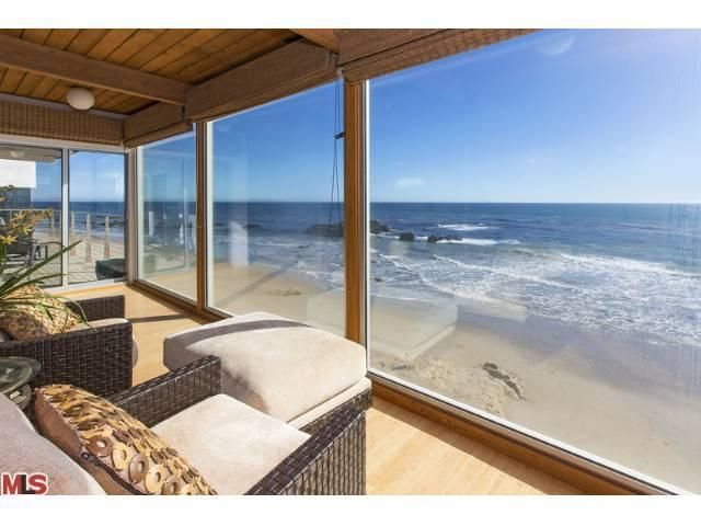 Beautiful contemporary beach house completely remodeled in for Beach house description