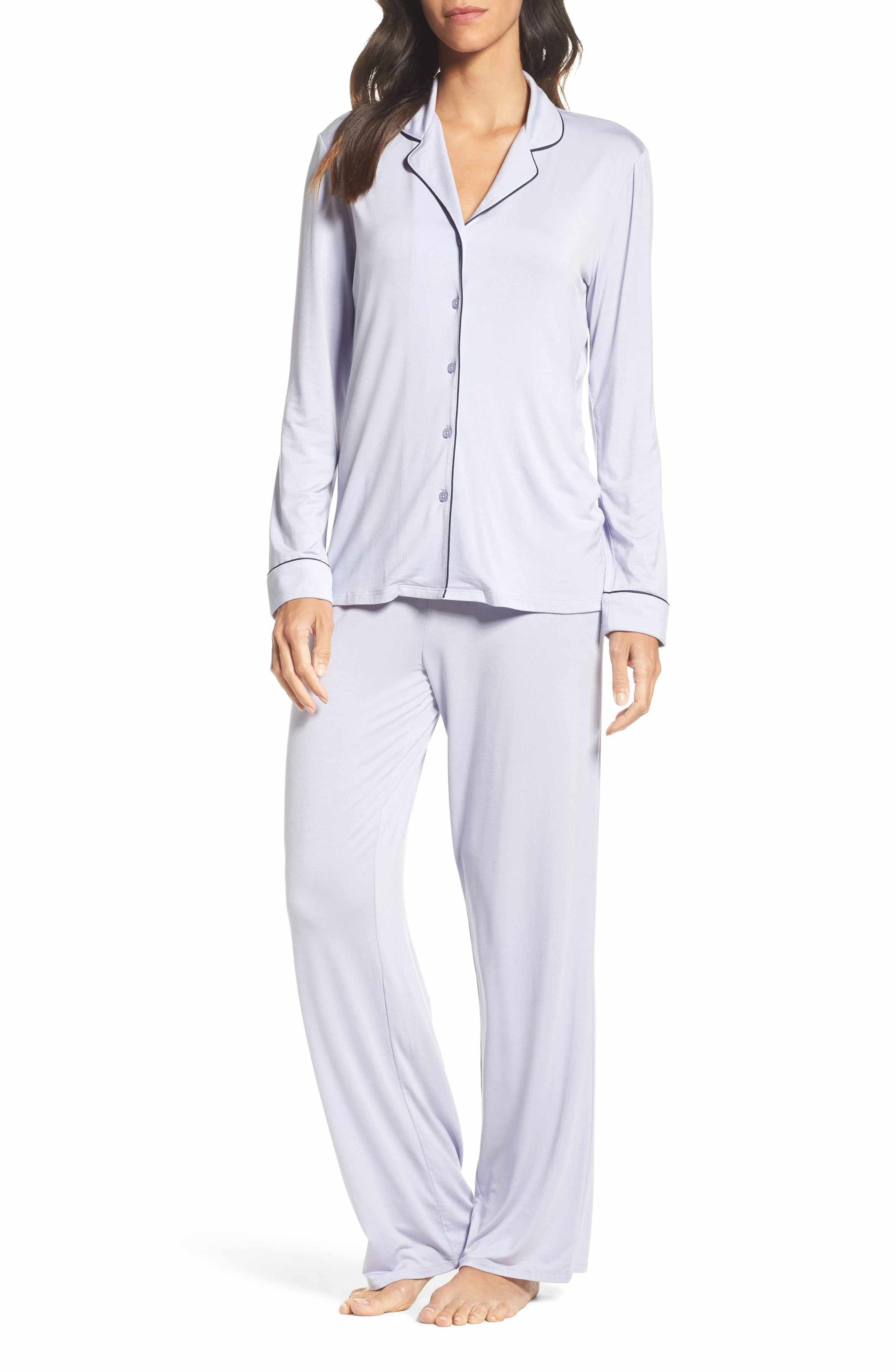 47abe302060 You can NEVER go wrong with pajamas for Christmas!- Nordstrom Lingerie  Moonlight Pajamas