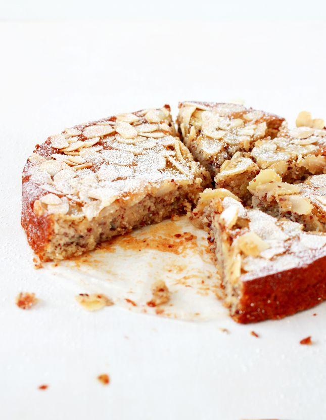 lemon, ricotta & almond flourless cake