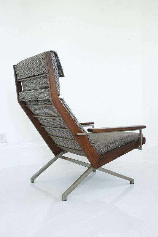 Teak and Lacquered Steel Lounge Chair |Rob Perry for Gelderland | 1960s