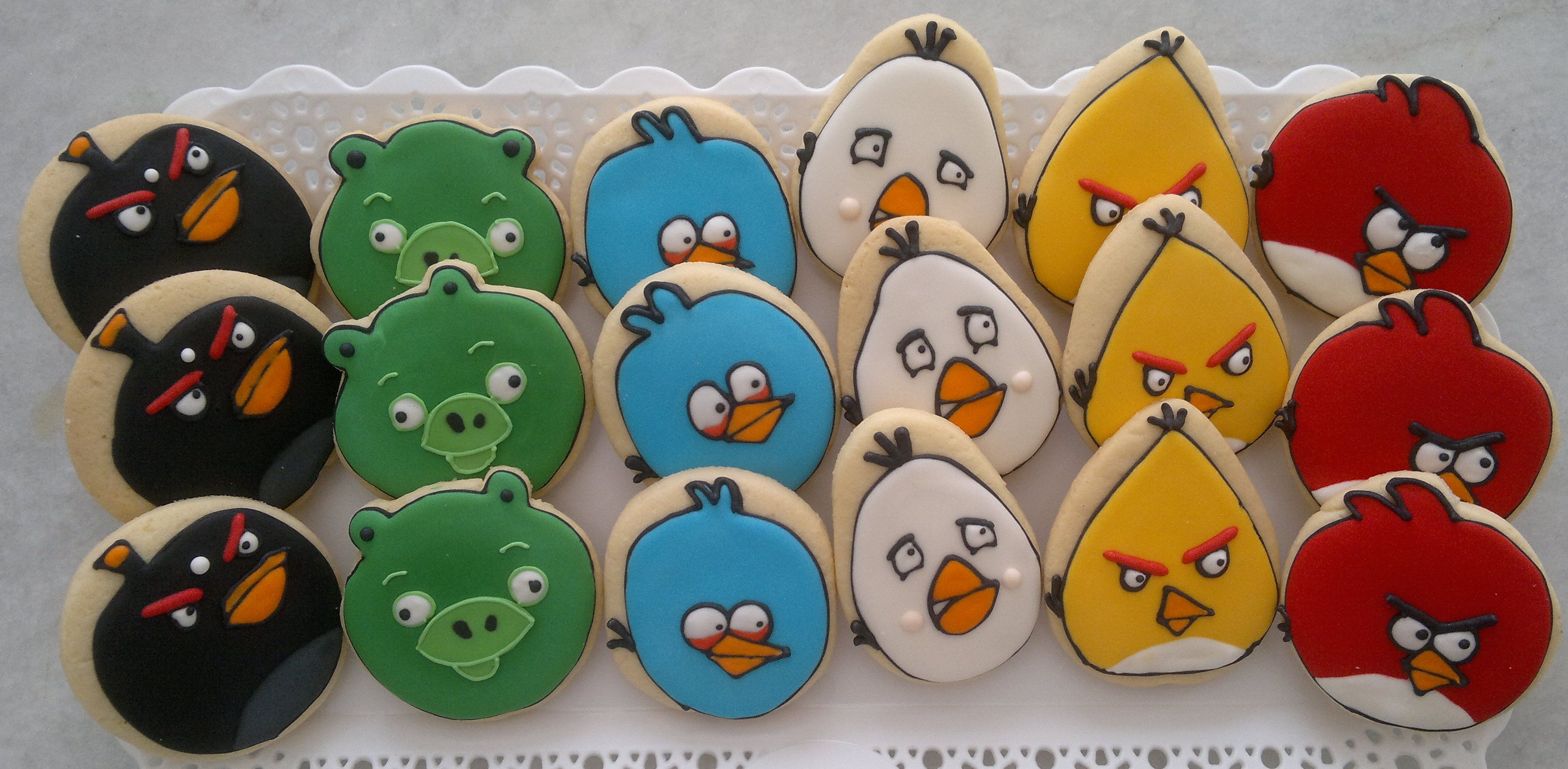 Biscoitos decorados Angry Bird by VanillaArt Cookies