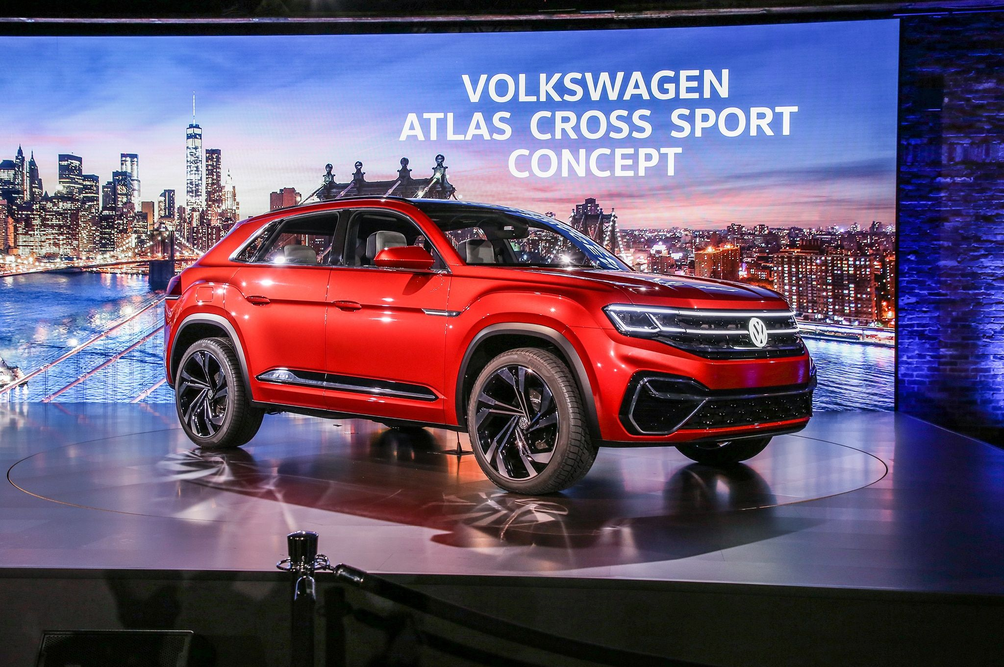 Volkswagen Atlas Cross Sport Concept Previews TwoRow Midsizer
