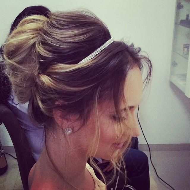 Updo With Bump Hairstyles How To My Wedding Ideas Pinterest