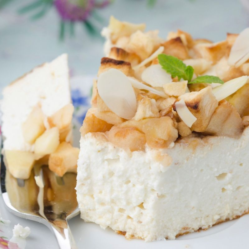 This Delicious Cottage Cheese Pie Recipe Has A Tasty Apple Topping Is Worthy Of A Try Cottage Cheese Recipes Cottage Cheese Pie Recipe Cottage Cheese Desserts