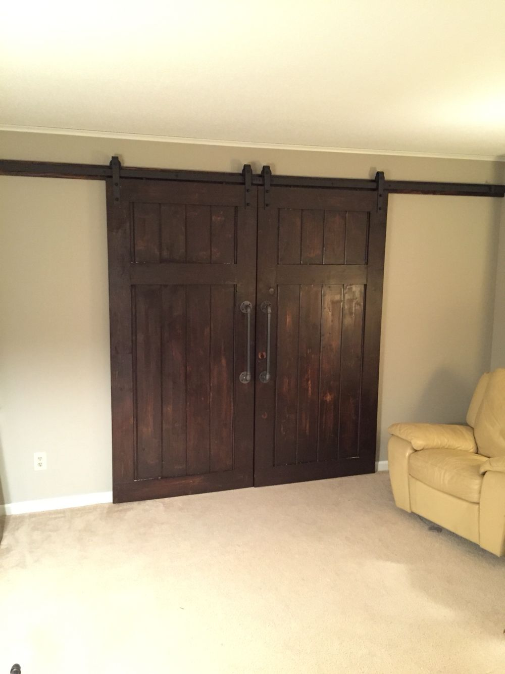 Barn Doors Made Of 1x8 Car Siding With A 1x6 Frame On The