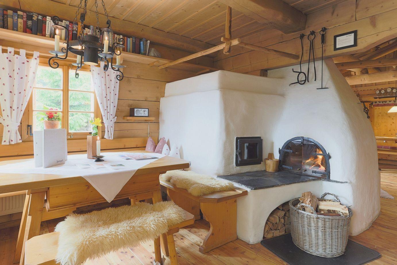 Bauernstube | Chata | Pinterest | Rustikales wohnzimmer, Rustikal ...