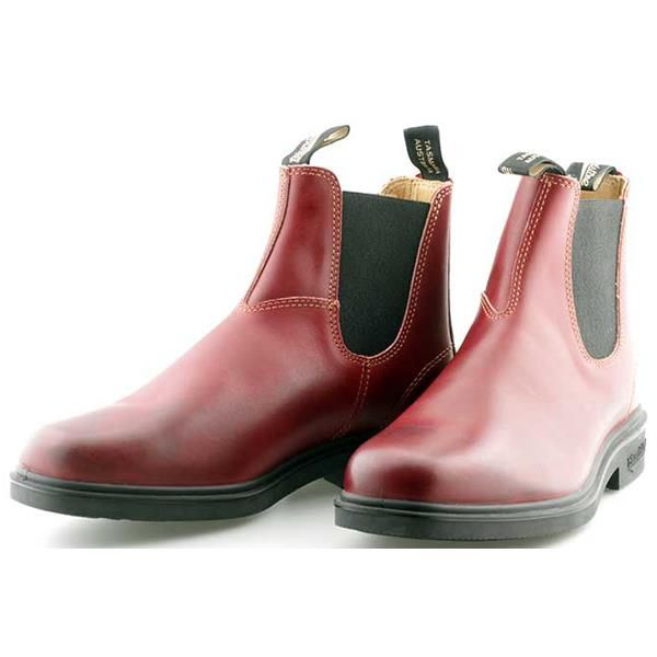 Blundstone 1302 Dress Boot from ArdMoor is a great looking, high quality  leather Chelsea Boot in Burgundy leather designed with chisel toe shape.