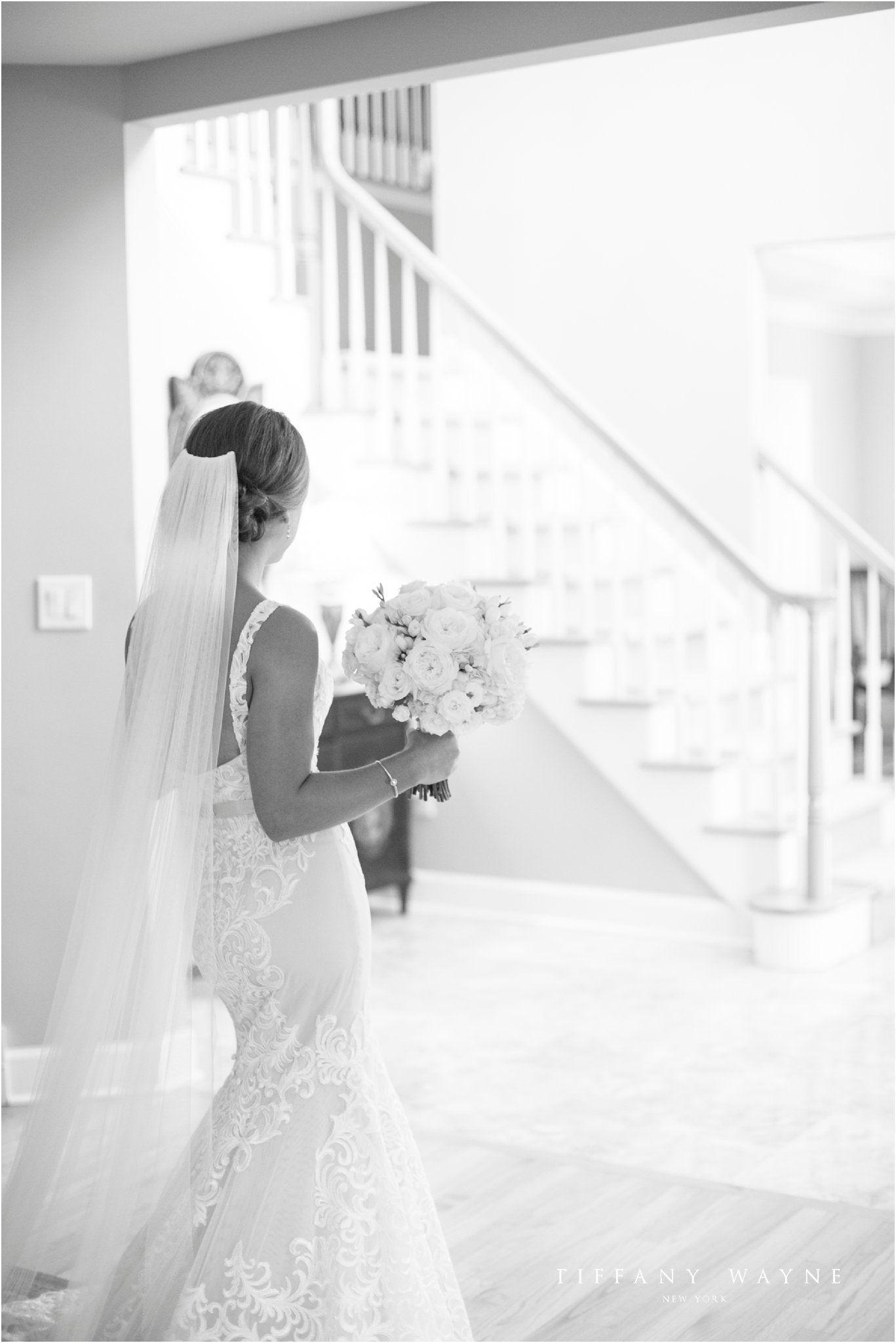 Lace Mermaid Wedding Dress With Straps Long Bride Veil Bride