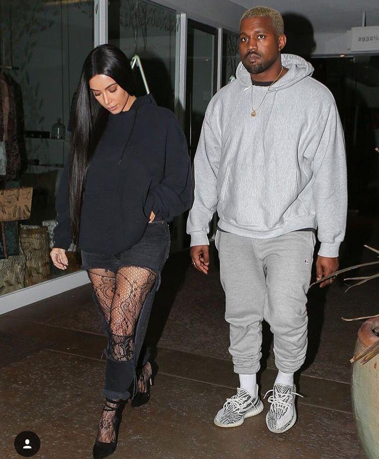 Kanye and Kim Kardashian West🐻🐱  2e9f930a5